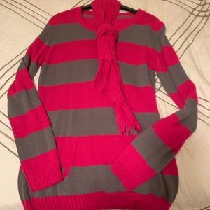 Sweaters - Sweater with scarf